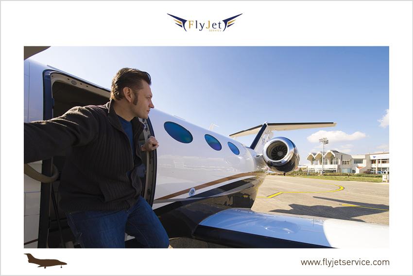 Fly Jet Service offre i propri servizi non solo a chi vuole andare in vacanza ma anche a chi per lavoro deve spostarsi e lo vuole fare in totale sicurezza.